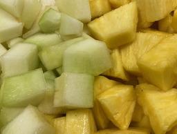Ananas / meloen gesneden