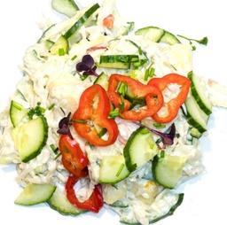 Appel komkommer salade