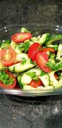 Rauwkostsalade komkommer/tomaat