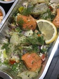 Visschotel aardappelgratin met zalm, kabeljauw en garnalen