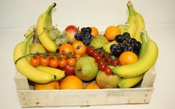 Fruitkrat vol met lekkers van nu